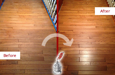Before and After Picture of a Arbor Greene Wood Sandless Refinishing Service on a Dull Hallway